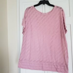 Cato ladies blouse is size 18-20W